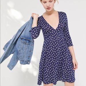 *Like New* UO mini dress with pockets